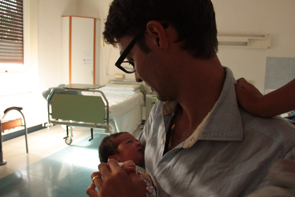 genitori e figli in sala parto